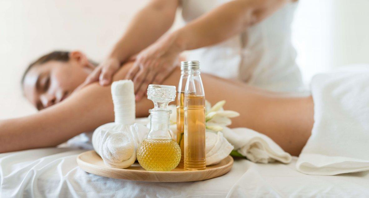 Genießen Sie eine Aroma Massage im Spa Resort Styria in Bad Waltersdorf